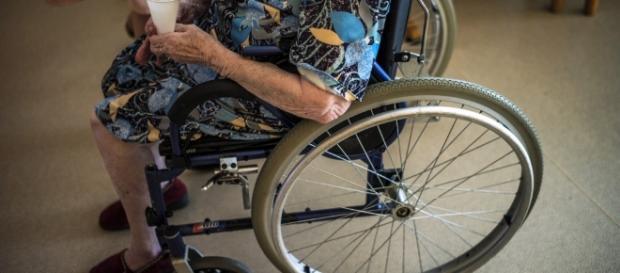 Anziana morta a 86 anni dopo essere stata sfrattata di casa