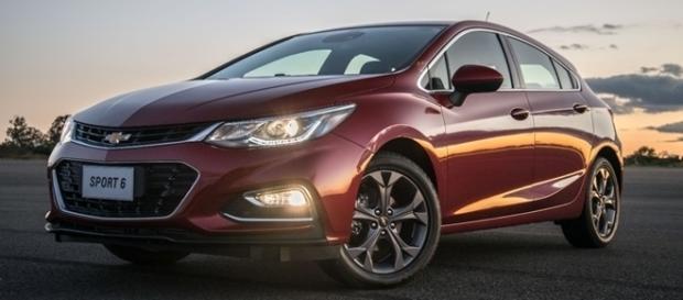 Chevrolet Cruze Sport6 2017 começa a ser vendido repleto de novidades