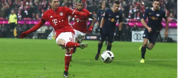 Lewandowski foi o autor do último gol do Bayern na partida