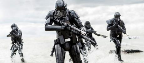 Rogue One: A Star Wars Story TV Spot: 5 Things to Know About the ... - eonline.com