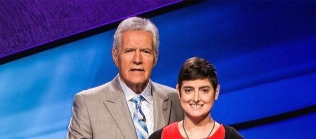 Alex Trebek pays tribute to Jeopardy! contestant Who Died of Cancer - Photo: Blasting News Library - vanityfair.com