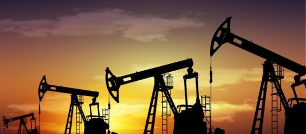 Arábia Saudita revela orçamento conservador para 2017, por conta do petróleo