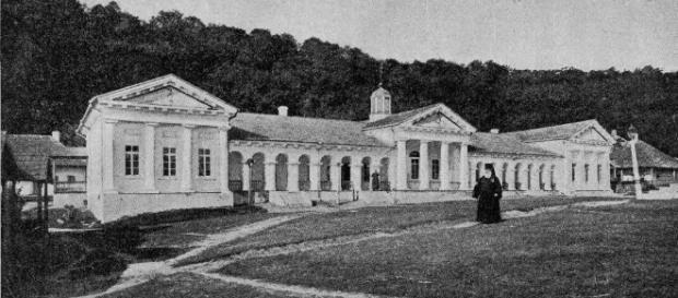 Biserici şi mănăstiri în Basarabia Ţaristă - istoria.md