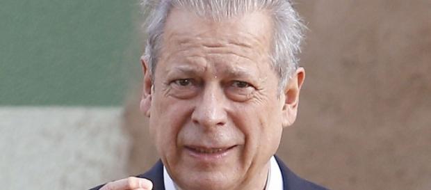 """José Dirceu é um dos """"escritores"""" da Lava Jato"""