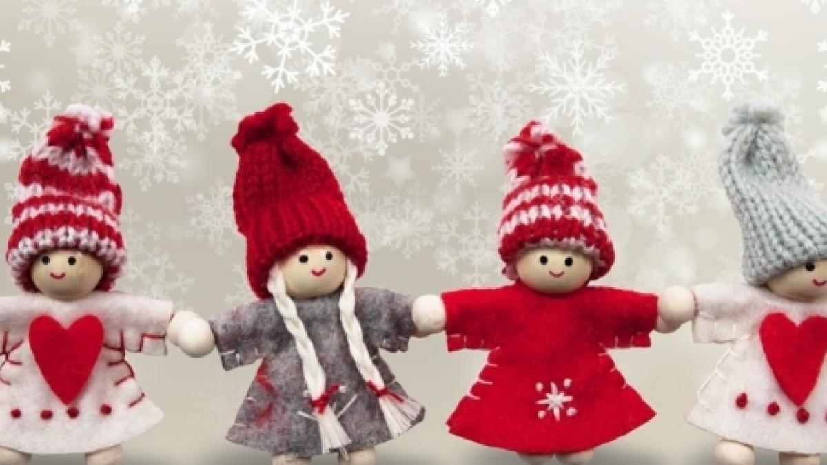 Auguri Di Natale Originali.Auguri Di Natale 2016 Frasi Natalizie Divertenti Per Amici E Famiglia