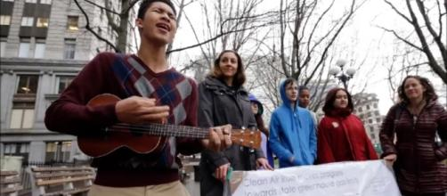 Teens in Washington state can sue over climate inaction. Tom Czech (YouTube - screencap)