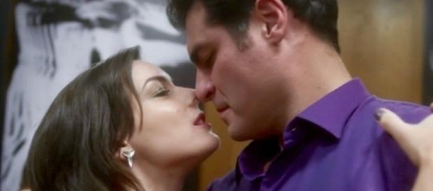 Beth e Ciro em 'A Lei do Amor' (Divulgação/Globo)