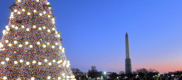 Christmas: as much an American tradition as any national monument. BN library.