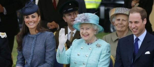 Diamond Jubilee: William and Kate Join the Queen in Nottingham ... - ibtimes.co.uk