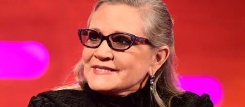 La interpretadora de la princesa leia en la película de Star Wars sufrió un ataque al corazón minutos antes de aterrizar su vuelo