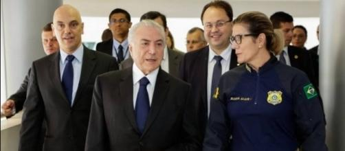 Michel Temer assinou decreto que beneficia polícias (Foto: Leandro Daiello/Planalto)