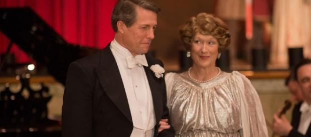 La coppia Streep-Grant in 'Florence'.