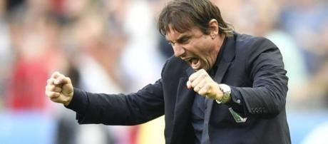 Chelsea's Antonio Conte's amazing touchline highlights during ... - 101greatgoals.com