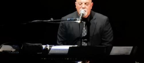 Billy Joel, photo by slgckgc, courtesy of Wikimedia Commons