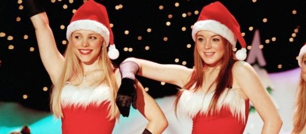 "Rachel McAdams e Lindsay Lohan no filme ""Meninas Malvadas"""