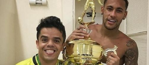 Tatuagem da Mulher-Gato chama a atenção dos fãs na foto de Neymar
