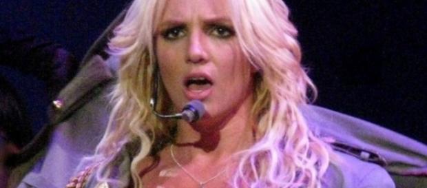 Cantora, segundo Sony, teria sido encontrada morta - Google