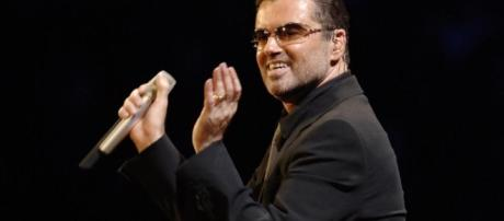 George Michael looks tired and bloated in tragic final pictures ... - thesun.co.uk