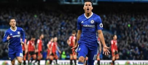Pedro celebrates scoring against Bournemouth (Credit: https://twitter.com/_Pedro17_/status/813432058320224256)