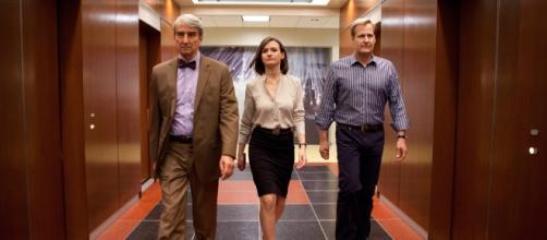 THE NEWSROOM - SERIES OVERVIEW - There Goes The Day - theregoestheday.com