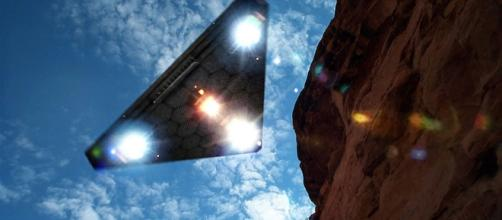 Triangle UFO caught on video over Dulce, New Mexico » The Event ... - theeventchronicle.com