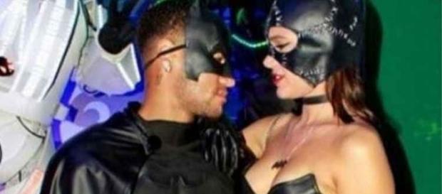 Bruna e Neymar ´Brumar´foram para a festa à fantasia de Gabriel Medina