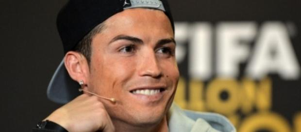 Cristiano Ronaldo fair-play pour le Ballon d'or 2015 ! | melty - melty.fr