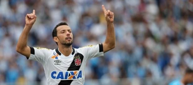Empresário de Nenê afirma que jogador não deseja ficar no Vasco