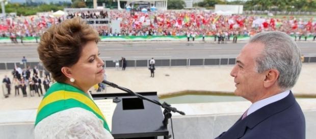 Ex e atual Presidente são investigados por supostas irregularidades de campanha.