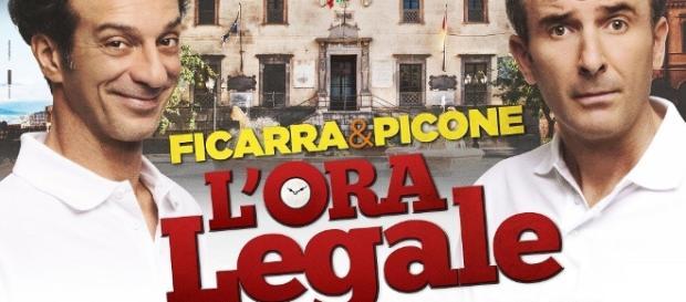Ficarra e Picone si gettano in politica nel primo esilarante ... - universalmovies.it