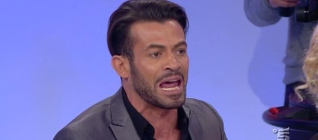 Gianni Sperti, opinionista di Uomini e Donne.