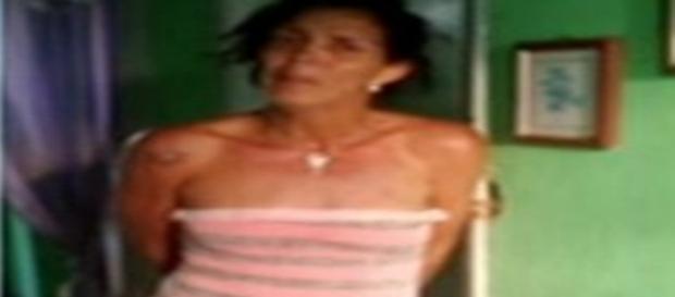 Mãe é presa por torturar e estuprar a própria filha