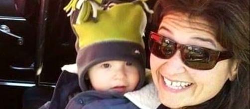 A americana postou nota de suicídio no Facebook antes de matar o filho e se suicidar