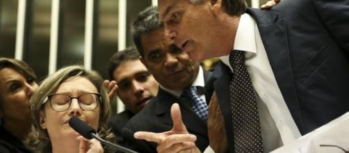 Bolsonaro e Maria do Rosário, que o acusou de estuprador