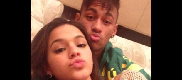 Bruna Marquezine comenta foto de Neymar no Instagram