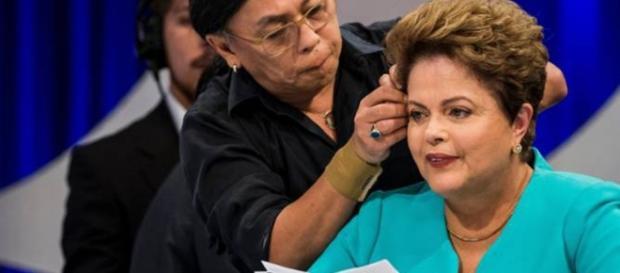 Dilma Rousseff e seu cabeleireiro, Celso Kamura.