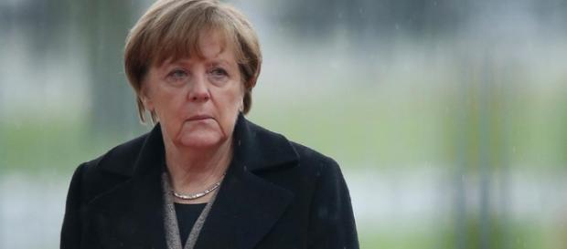 Ist sie am Ende? Kanzlerin Merkel ist blass in diesen Tagen. (Fotoverantw./URG Suisse: Blasting.News Archiv)