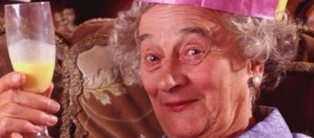 Morre Liz Smith, que atuou em 'A Fantástica Fábrica de Chocolate'