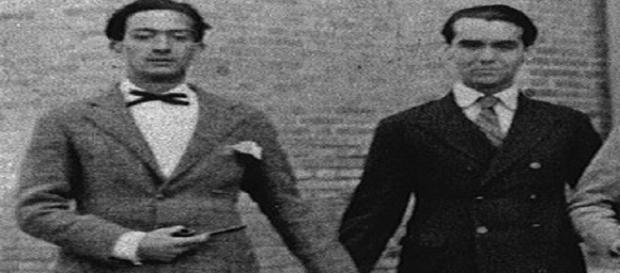 Salvador Dalí Y García Lorca, de la mano.