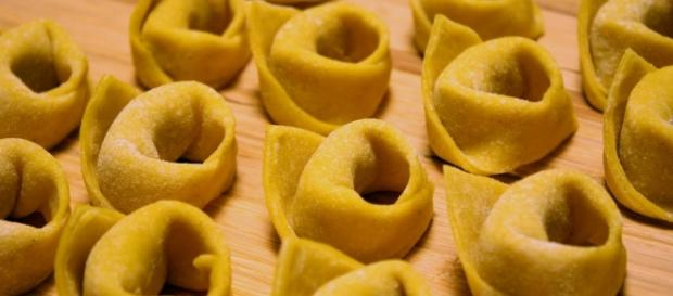 Tortellini scaduti sequestrati dai Nas in Emilia Romagna
