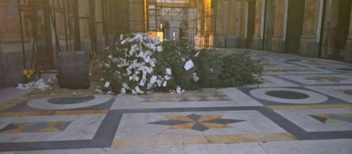 L' Albero dei Desideri nella Galleria Umberto di Napoli