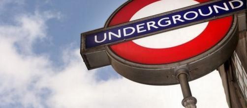 Londra, bimbi picchiati da un pendolare: avevano piedi sui sedili del treno