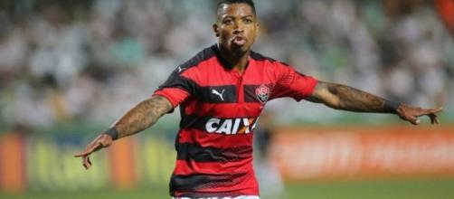 Marinho jogou no Vitória em 2016 (Foto: Divulgação)