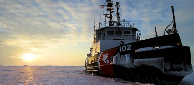 Coast Guard ice cutter on Lake Erie. Photo by skeeze - Pixabay.