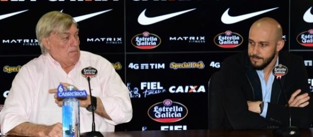Com Roberto de Andrade de férias, Flávio Adauto é um dos responsáveis pelas novas contratações do Timão