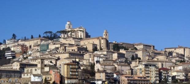 Fermo, centro delle Marche che assieme ad Umbria e Lazio sono state colpite dal sisma.