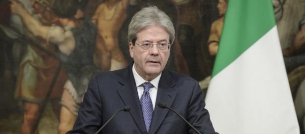 Gentiloni fa ancora la fotocopia di Renzi. Nella conferenza di ... - lanotiziagiornale.it