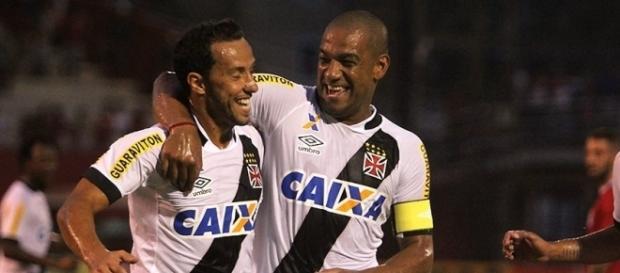 Jogador pode trocar o Vasco pelo Corinthians em 2017