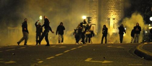 Bagarre entre supporteurs dans les rues de Paris.