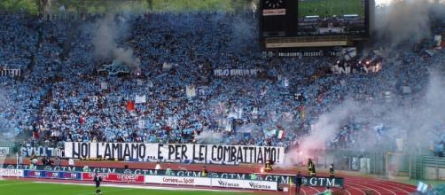 Lazio vs AS Roma [image: upload.wikimedia.org]